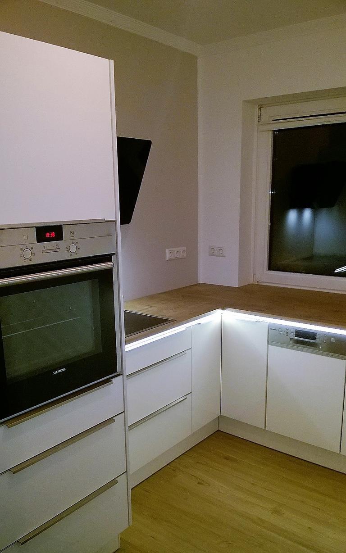 Eine Küche passt auch in einen kleinen Raum